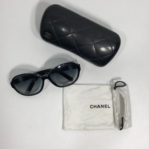 9b25c4a3082ce CHANEL Accessories - Chanel Collection Perle Sunglasses 🌺